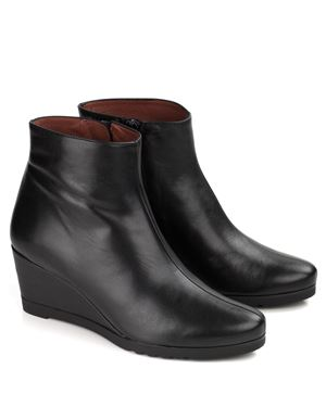 Hispanitas April Nappa Leather Wedge Boot Black Was: £140.00 Now: £105.00